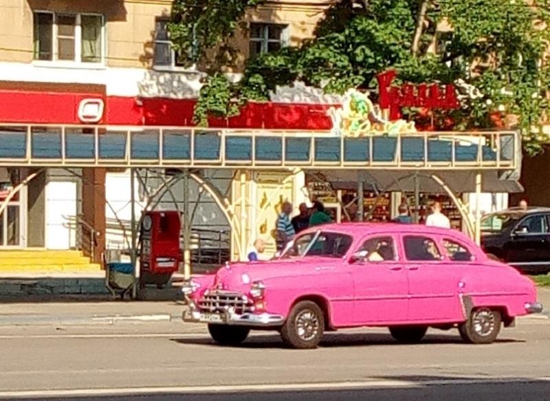 Пошлую легенду советского автопрома заметили на дороге в Воронеже