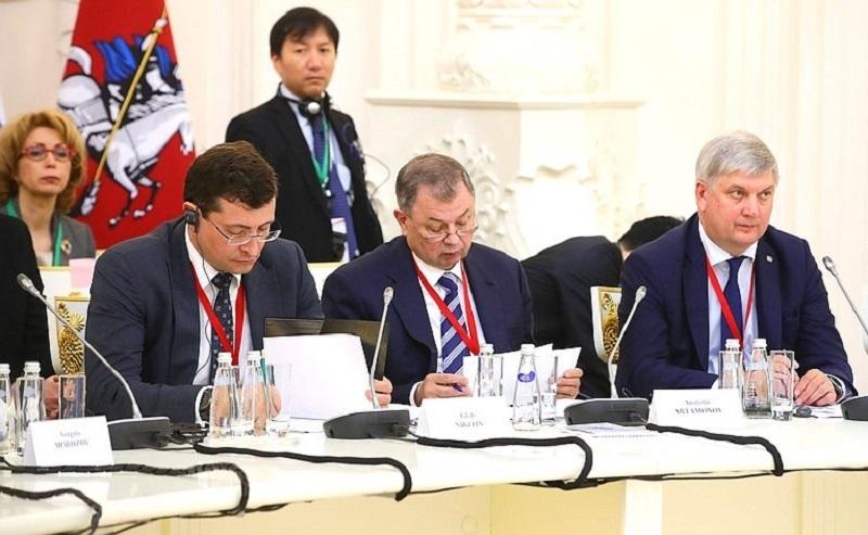 Как воронежский губернатор крепил связь с японцами в Москве