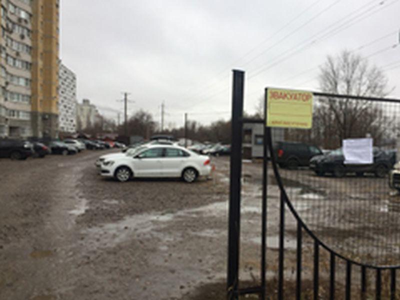 ВВоронеже впереулке Ольховый демонтировали нелегальную стоянку