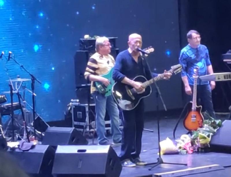 Тайну всех музыкантов раскрыл Александр Розенбаум на концерте в Воронеже