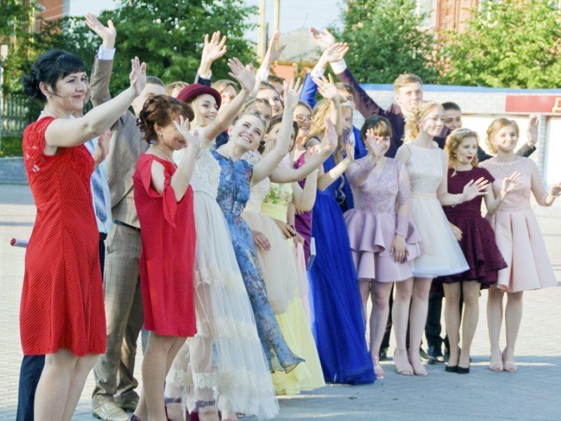 В Воронеже начали готовить сцену для тайной звезды выпускного