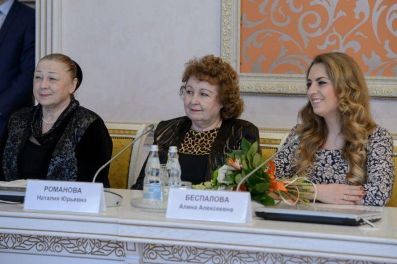 Ансамбль «Воронежские девчата» отмечает свой полувековой юбилей