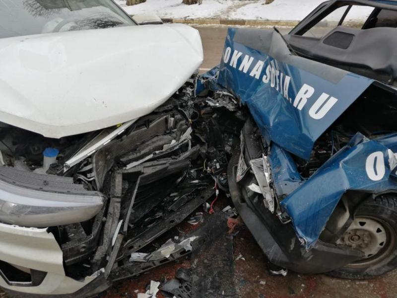 Виновник аварии с четырьмя пострадавшими сбежал с места ДТП в Воронеже