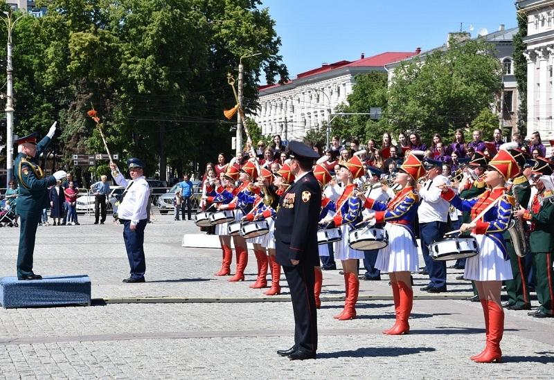 Воронежцы восхитились  захватывающими выступлениями военных оркестров