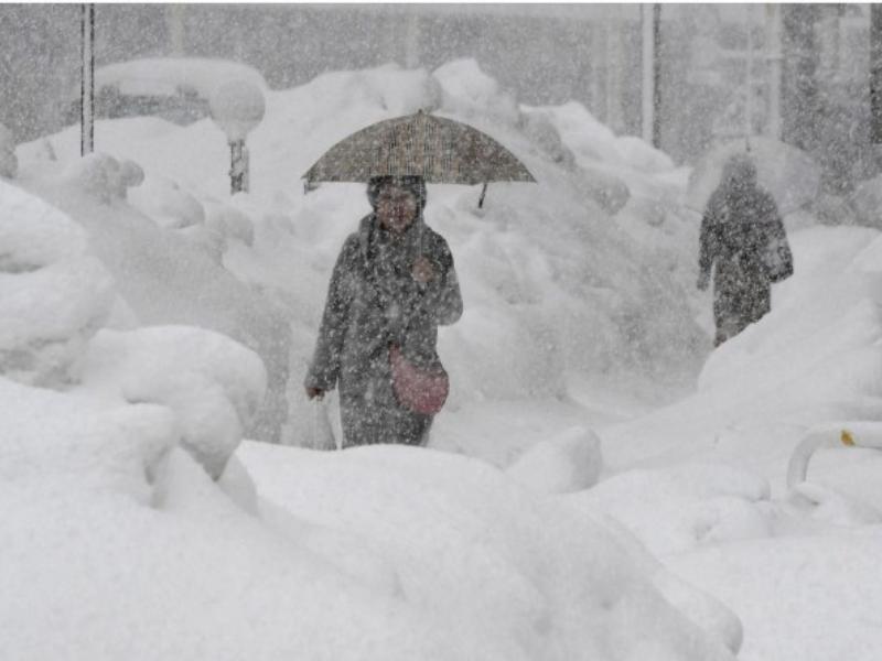 О чудовищной погоде предупредили воронежцев спасатели
