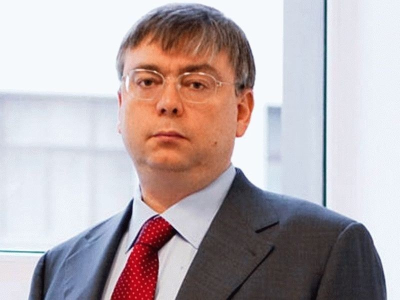 Владимир Логинов пишет кляузы на неуправляемых подчиненных из Минприроды