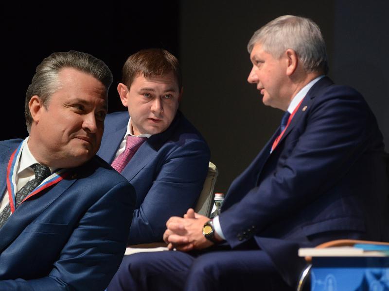 Нетесов и Кстенин оставили PR-команду Гусева в лузерах