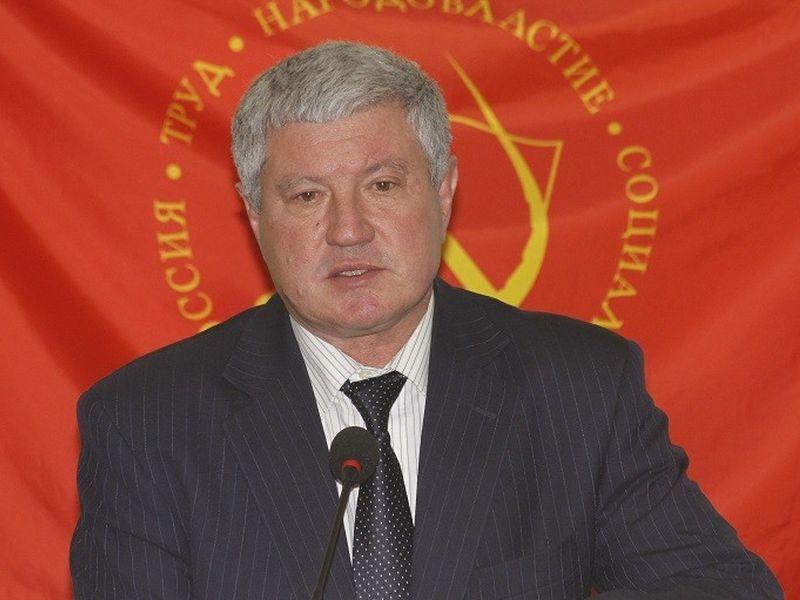 «Красный» депутат Николай Воронин отметился капиталистическим доходом