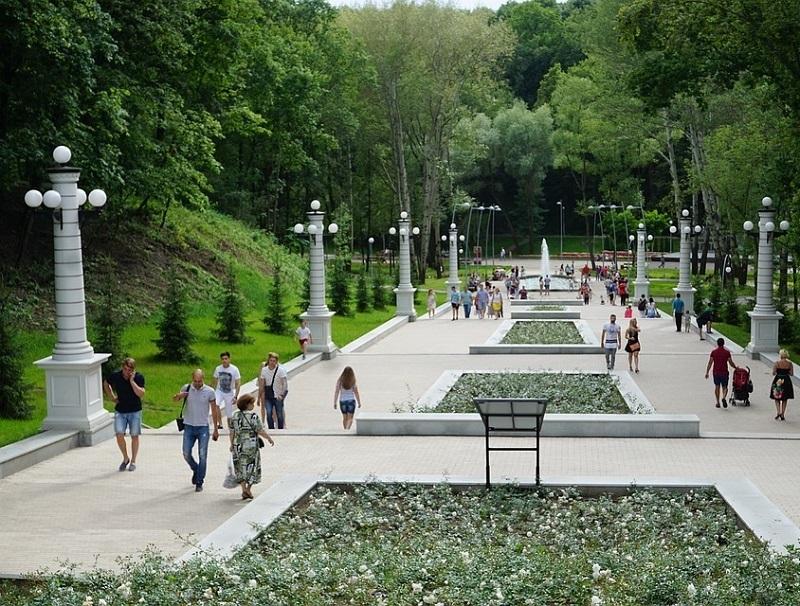 На 10 дней закрыли лестницу, ведущую в воронежский Центральный парк