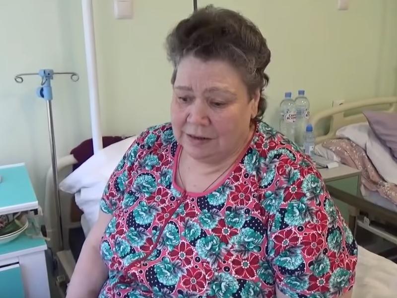 Жительница Воронежа рассказала, почему заползала в больницу на коленях