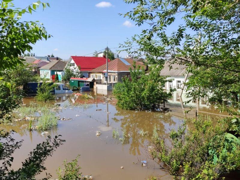 Левобережная коммунальная авария затопила частный сектор в Воронеже