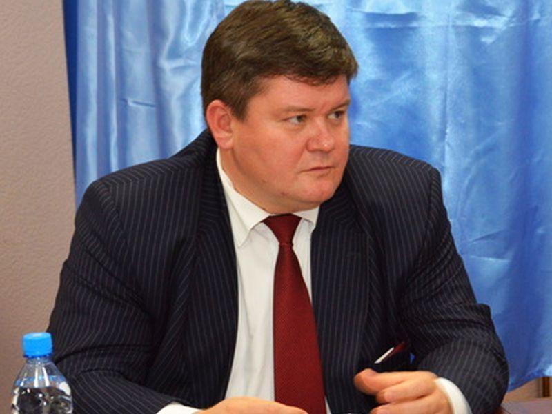 Как депутат Провоторов с молодого возраста рос до вице-спикера и миллионера