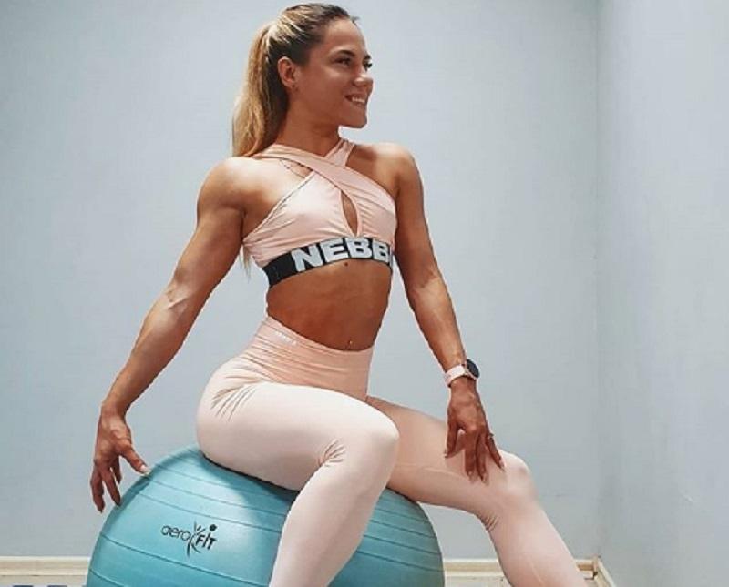 Мужчины позавидовали мускулатуре фитнес-бикини из Воронежа