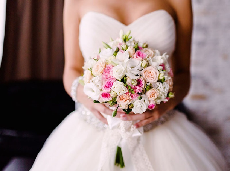 В красивую октябрьскую дату 202 воронежские пары сыграли свадьбы