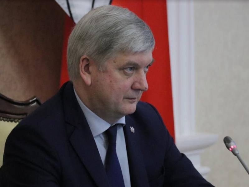 Некомпетентность или манипуляция: губернатора Гусева уличили в некрасивой попытке избавиться от чиновников