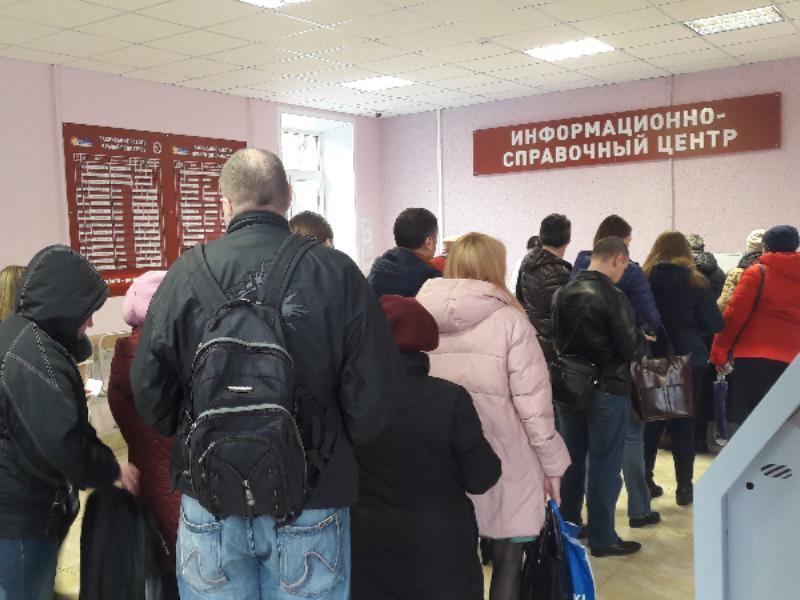 Испытание ради талончика в поликлинике наглядно показали в Воронеже