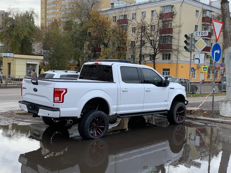Монстра от мира машин с американским характером заметили в Воронеже