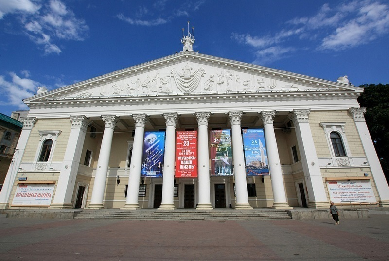 Реконструкции Воронежской Оперы нет, но более полумиллиона уже потрачено
