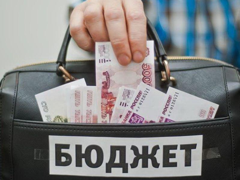 В Воронежской области глава сельсовета заправлял свое авто за бюджетные деньги
