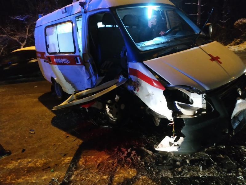 Последствия жуткого ДТП со скорой попали на видео в Воронеже