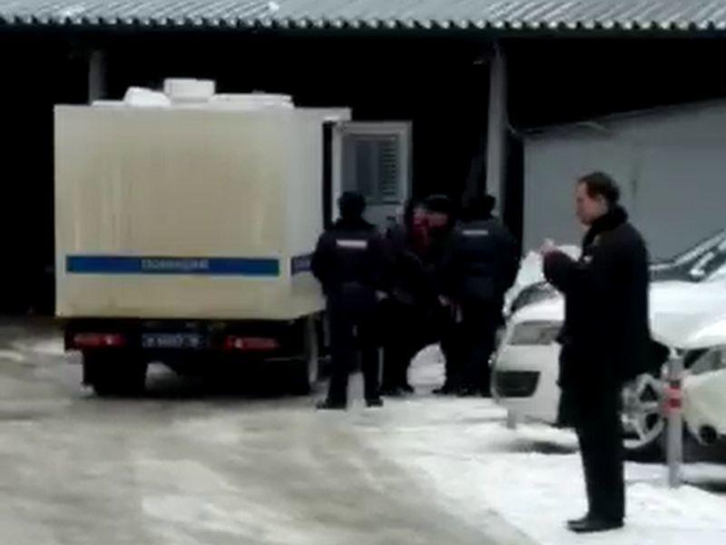 Коллеги и друзья поддержали задержанного депутата Кочетова в Воронеже