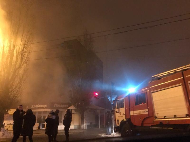 В Воронеже ночью сгорела популярная пекарня