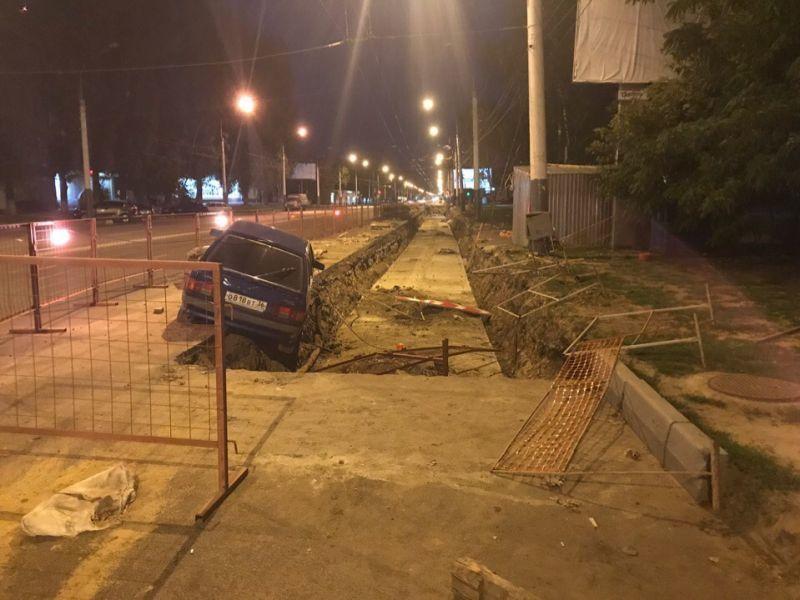 ВАЗ необъяснимым образом попал в ловушку в Воронеже