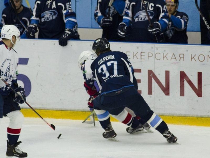 Воронежский «Буран» уничтожил «Саров» на домашнем льду
