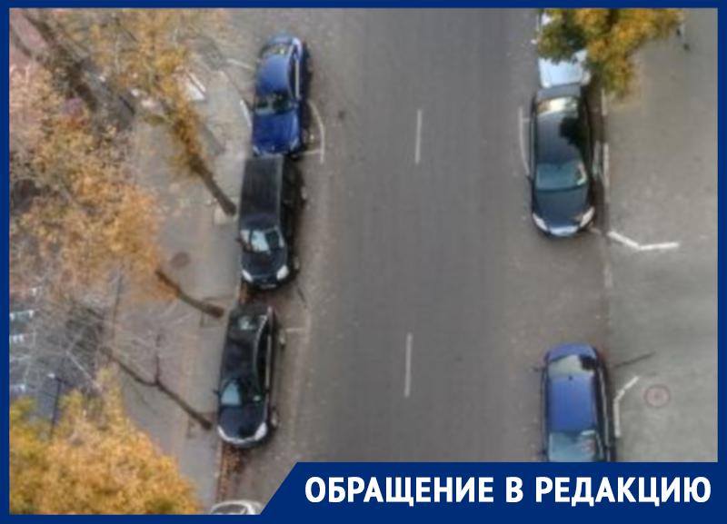 Оскорбительными надписями наказали за ошибки Porsche и Ford в Воронеже