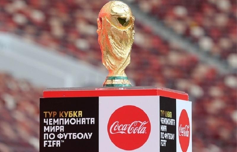 ВВоронеж прибыл Кубок Чемпионата мира пофутболу