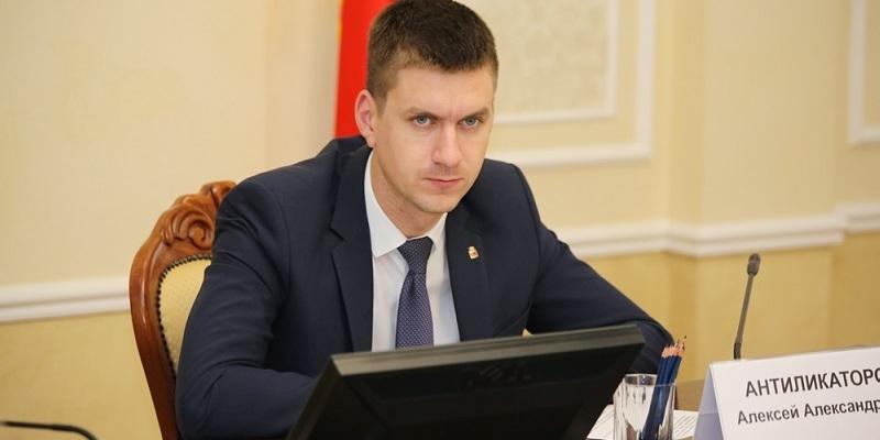 Антиликаторов остался среди руководителей «Воронежского похоронного бюро»