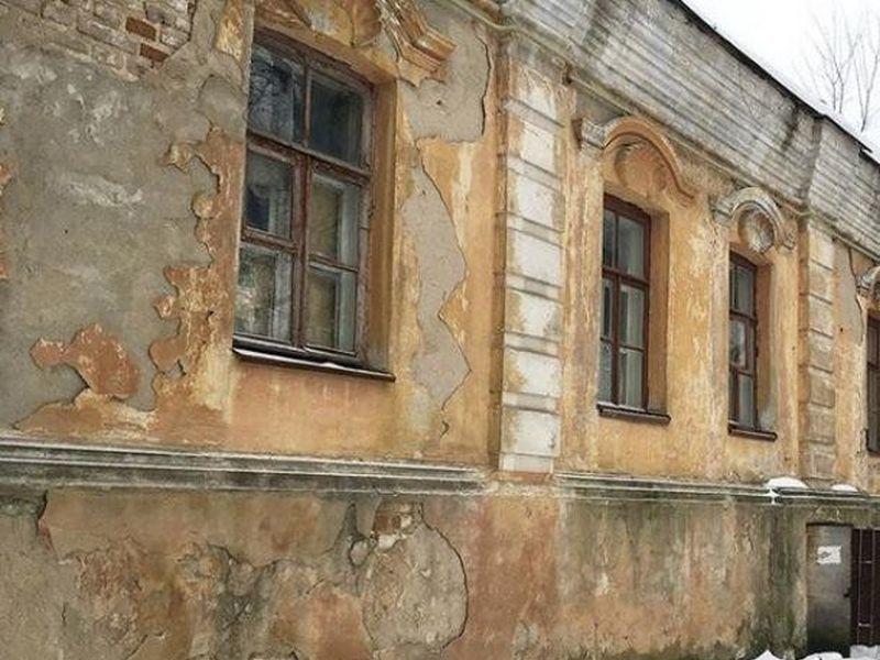 В Воронеже самый старый каменный дом продают за 1 рубль