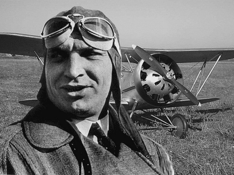 115 лет назад родился летчик-легенда, получивший воронежское образование