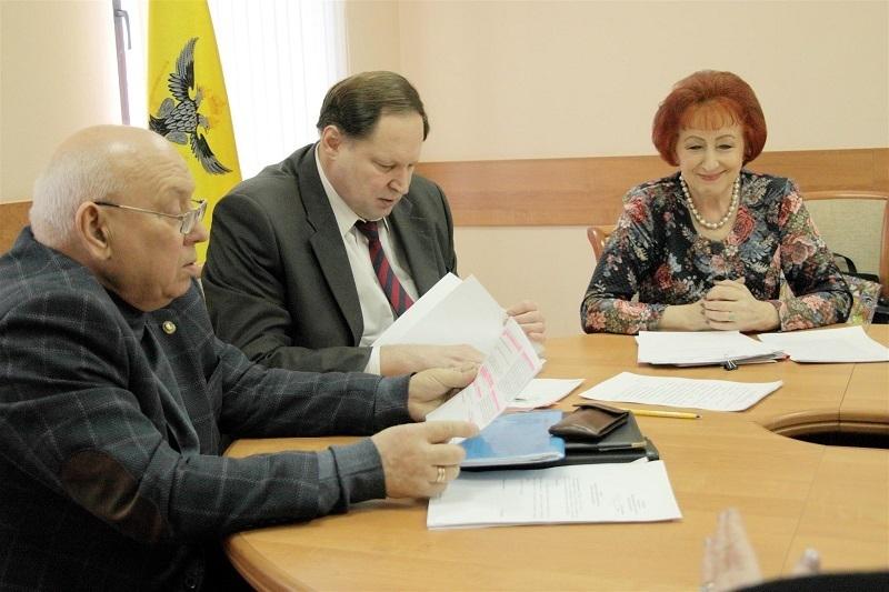 В Воронеже назначена дата публичного разговора с мэрией о платных парковках