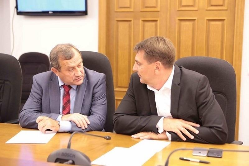 В Воронежском клубе политологов узрели опасность для системы