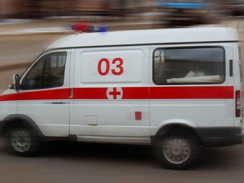 У мужчины за рулем грузовика случился инсульт в Воронежской области