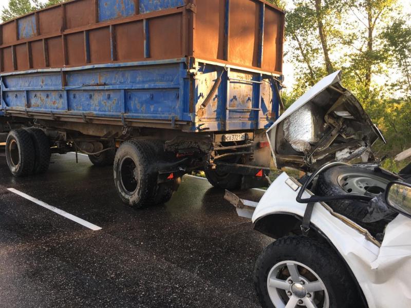 Воронежец погиб после столкновения с двумя грузовиками