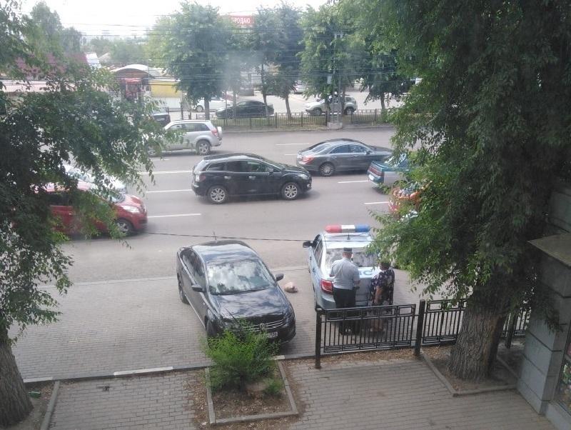 Охоту на пешеходов-нарушителей наглядно показали в Воронеже