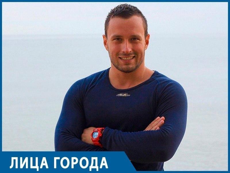 Все любят «звезд», а вот детьми заниматься не хочет никто, - тренер воронежских тяжелоатлетов Дмитрий Чернышев