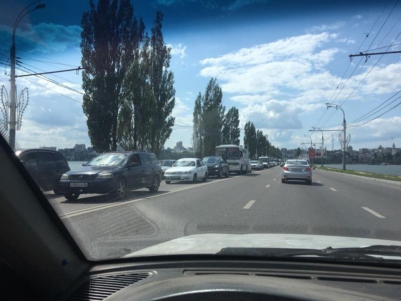 Воронеж погрузился в пробочный коллапс выходного дня