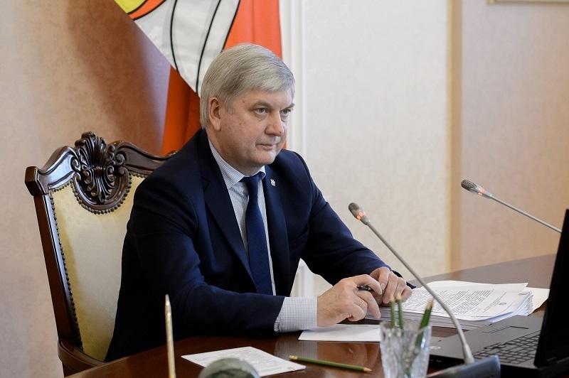 Губернатор Гусев хочет подсадить воронежцев на ЗОЖ