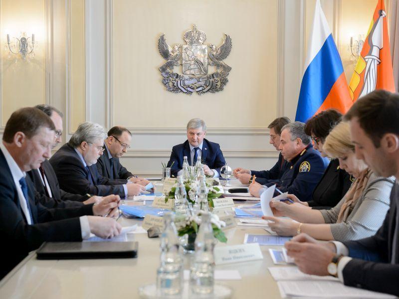 Названы предприятия Воронежа с напряженной ситуацией по зарплатам