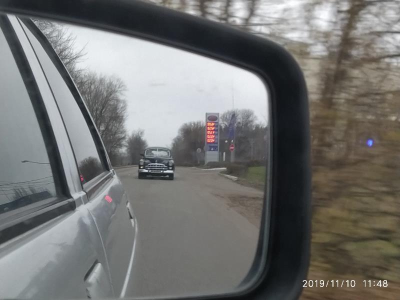 Ретро «Волгу» советской элиты заметили на воронежской дороге