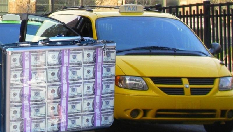 Стало известно о космической зарплате таксистов в Воронеже