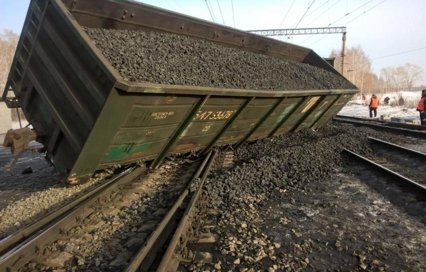 Под Воронежем срельсов сошел вагон поезда