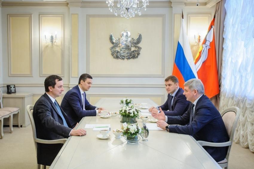 Воронежский губернатор Гусев иРогозин обсудили дела наВАСО