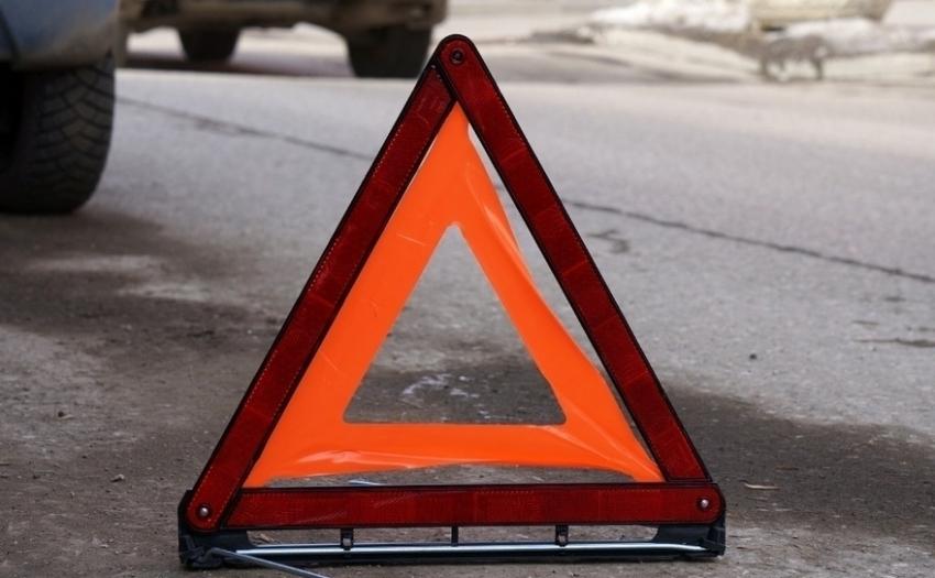Под Воронежем столкнулись автобус илегковой автомобиль