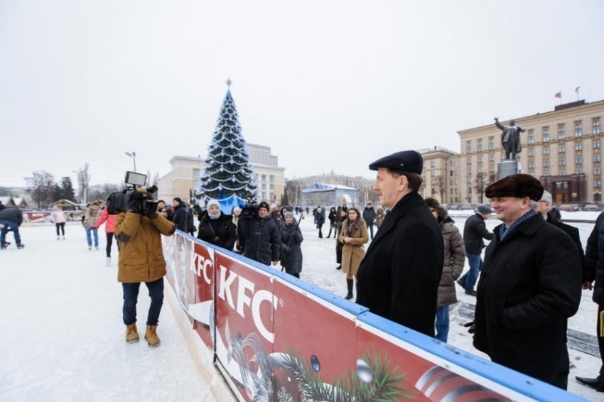 Воронежский губернатор: «Наша елка— новая»