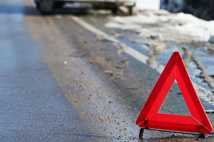 Встолкновении «ВАЗа» со Шкода наворонежской трассе пострадали 6 человек