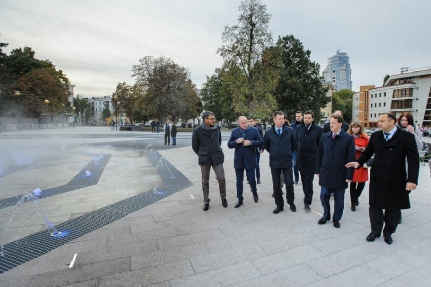 ВВоронеже запустили 1-ый фонтан наСоветской площади